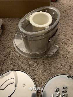 CUISINART PRO CUSTOM 11 CUP Food Processor White DLC-8s Series With Parts