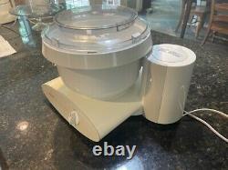Bosch Universal Plus Machine De Mélangeur De Stand De Cuisine De 6 Litres 800w Mum6n10 Uc